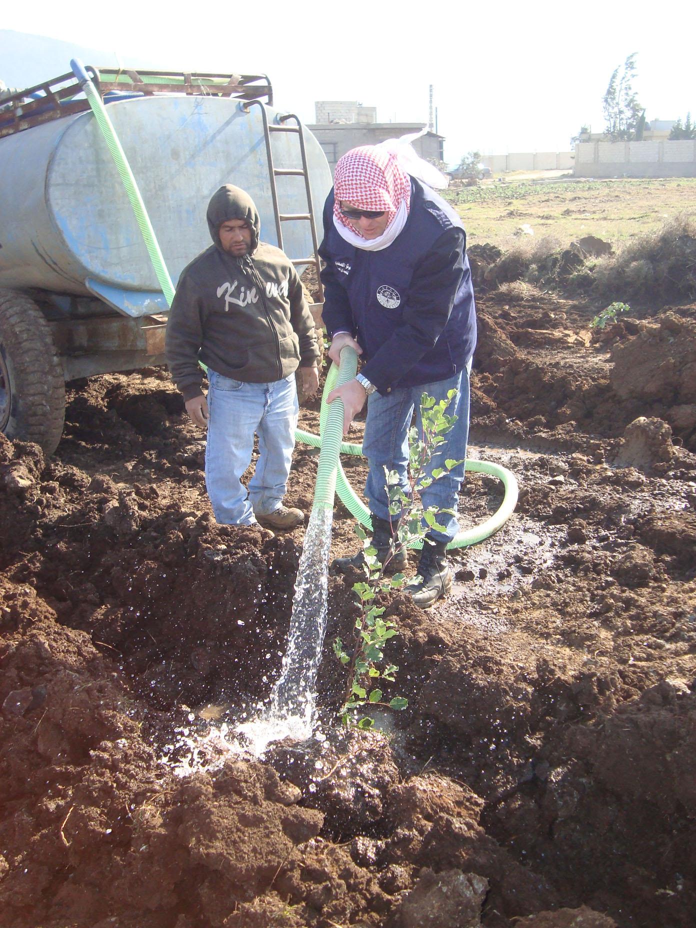 مزارعو عكار ناشدوا انقاذ المواسم في ظل أزمة مياه الري