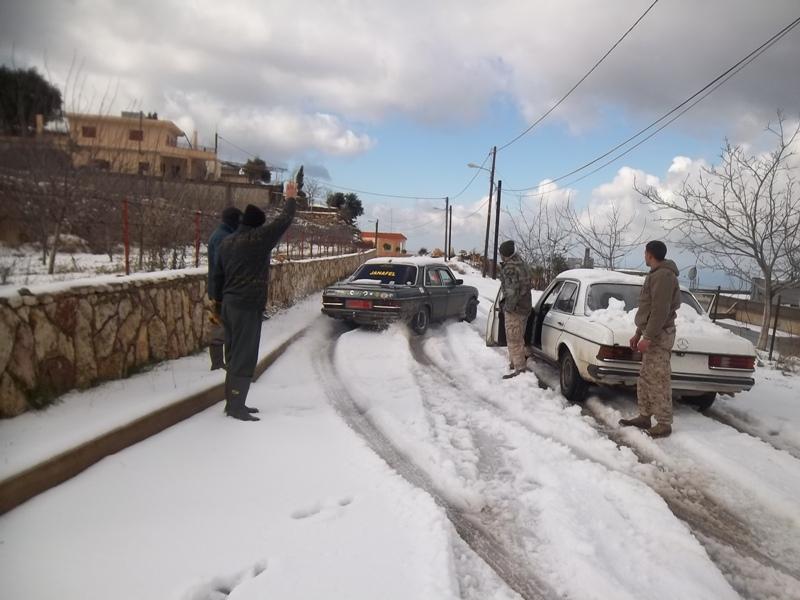 تساقط الثلوج على علو 1400 متر في عكار